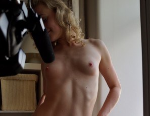 content/082517_18yo_jete_tiny_pink_pussy_in_my_bedroom_window_first_time_ever_dildo/2.jpg
